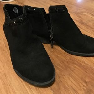 Women's Size 7.5 Ankle Boots